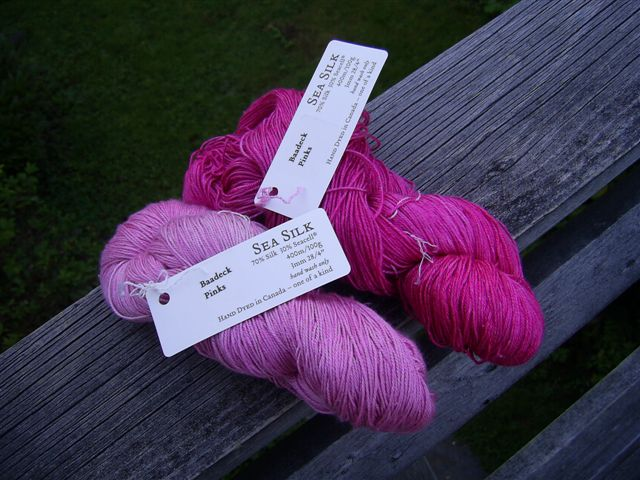 did you know that Baadeck Yarns had exclusive shades from Fleece Artist?
